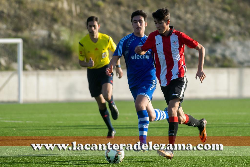 Mikel Kortazar ante el Romo | Foto: Unai Zabaleta