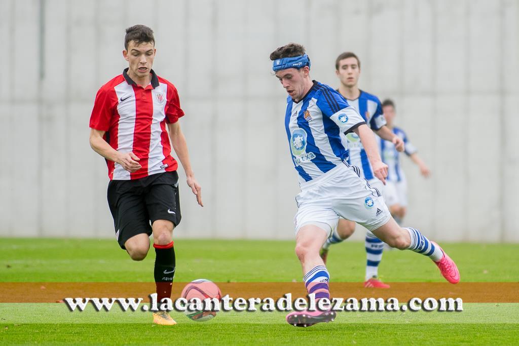 Iñigo Vicente ante la Real Sociedad | Foto: Unai Zabaleta