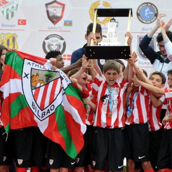 La U12 Izmir Cup suspendida
