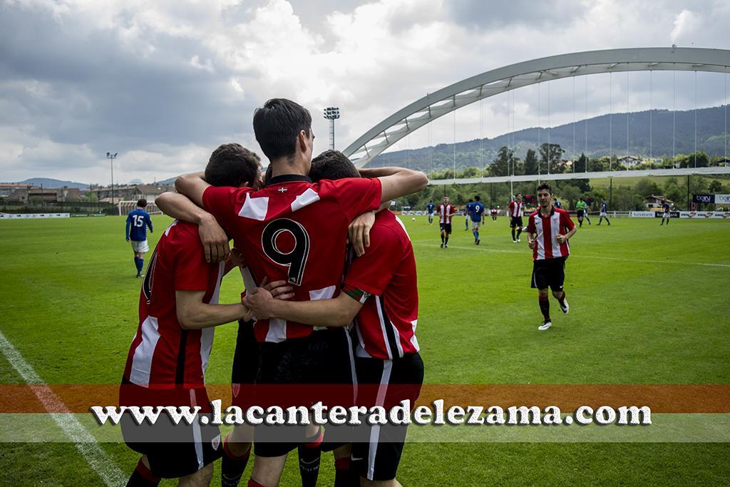 Celebración del 5-2 de Larrayoz | Foto: Unai Zabaleta