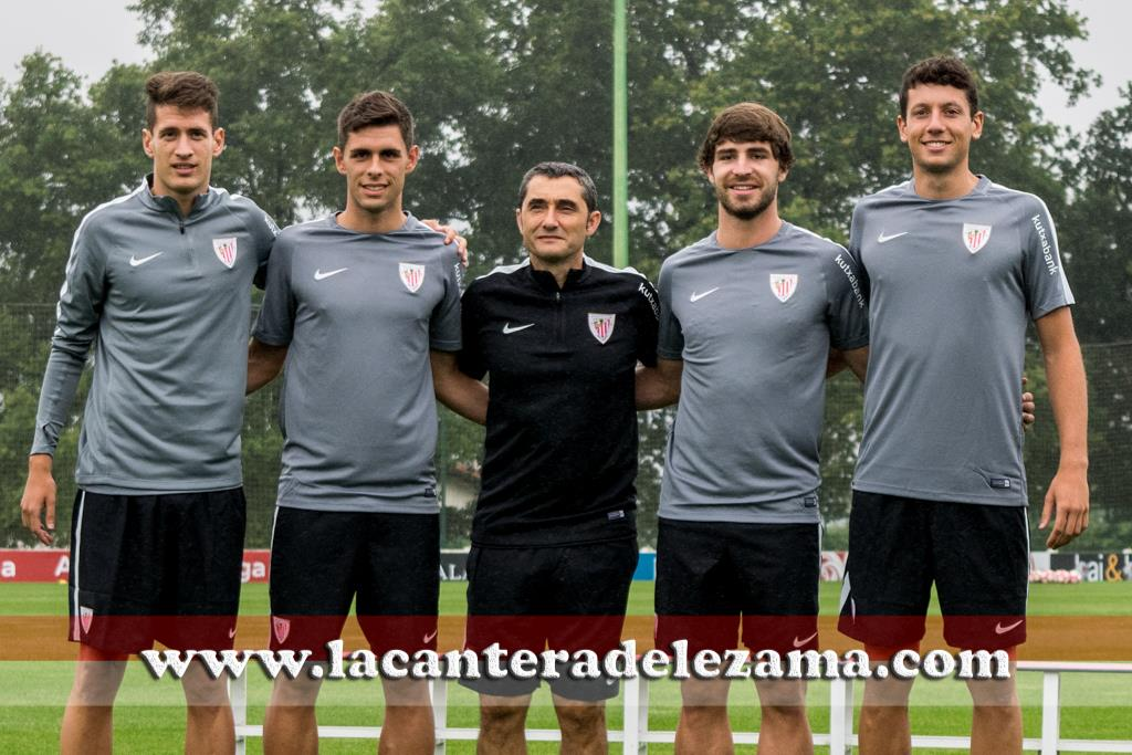 Saborit, Gil, Yeray y Vesga con Ernesto Valverde | Foto: Unai Zabaleta