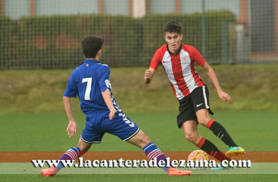 Mikel Kortazar ante Juanjo Gómez | Foto: Unai Zabaleta