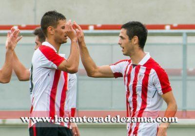 Guruzeta celebra un gol con Benito | Foto: Unai Zabaleta