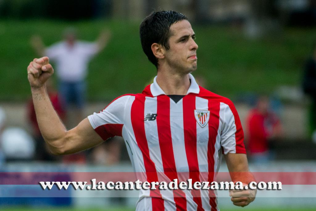 Asier Benito celebrando un gol esta temporada | Foto: Unai Zabaleta
