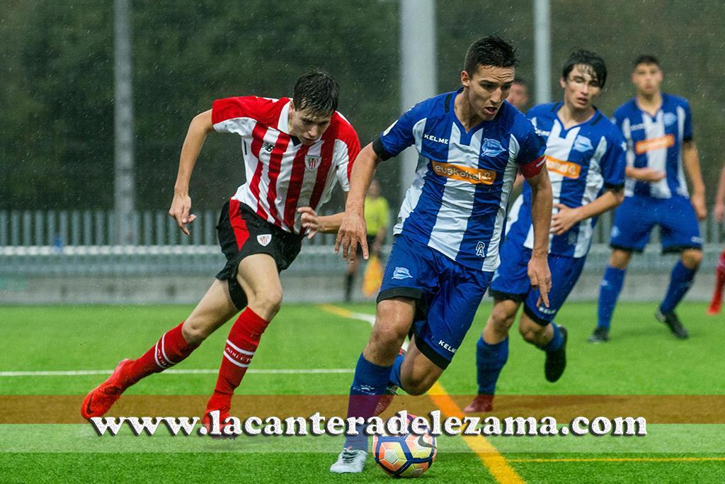 Duelo juvenil entre Athletic B y Alaves B esta pasada semana | Foto: Unai Zabaleta