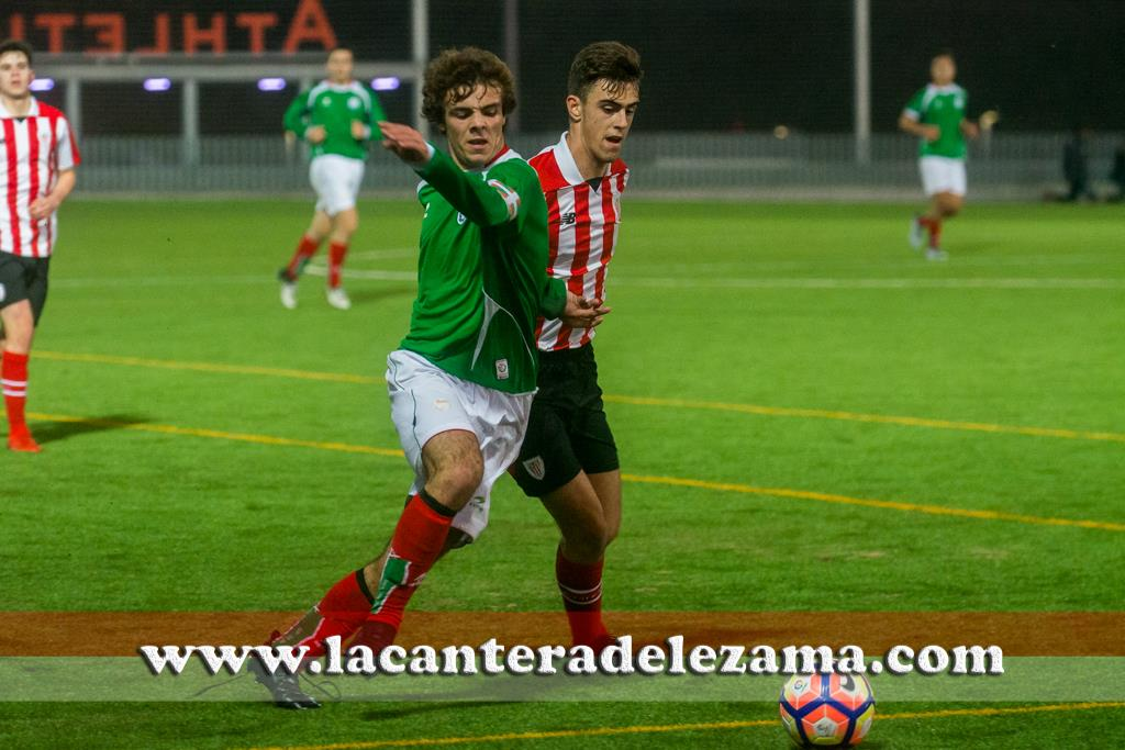 Juan Artola ante Ander Pérez | Foto: Unai Zabaleta