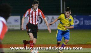 El Athletic Infantil A ante el Trapagaran   Foto: Unai Zabaleta